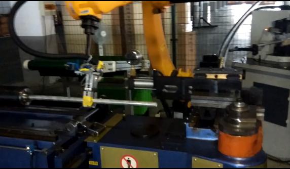 公司新的自動化生產項目調試成功