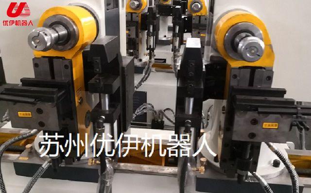 四軸數控自動彎管機配置自動上下料專機