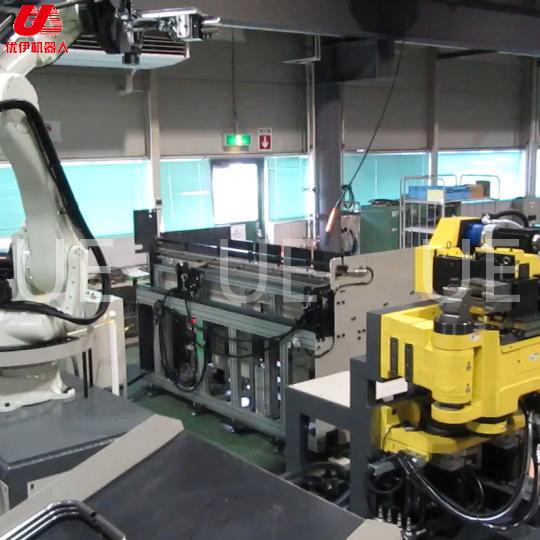 國外機器人與彎管機頭結合組自動線視頻