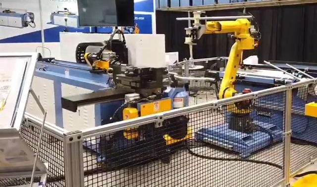 臺灣瀚捷彎管機與工業機器人組自動化工作站